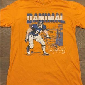 3e1385ca Chicago Bears legend Dan Hampton tee